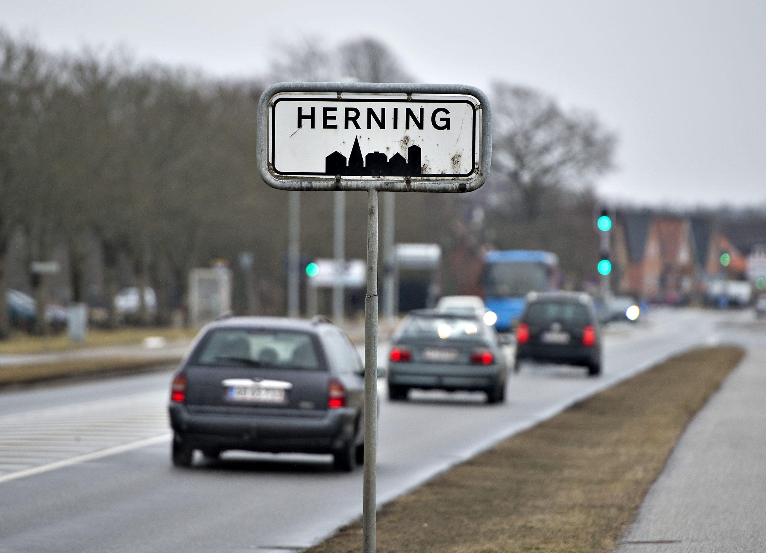 Herning Folkeblad og Midtjyllands Avis ramt af syv fyringer - forventer at tabe 25 millioner