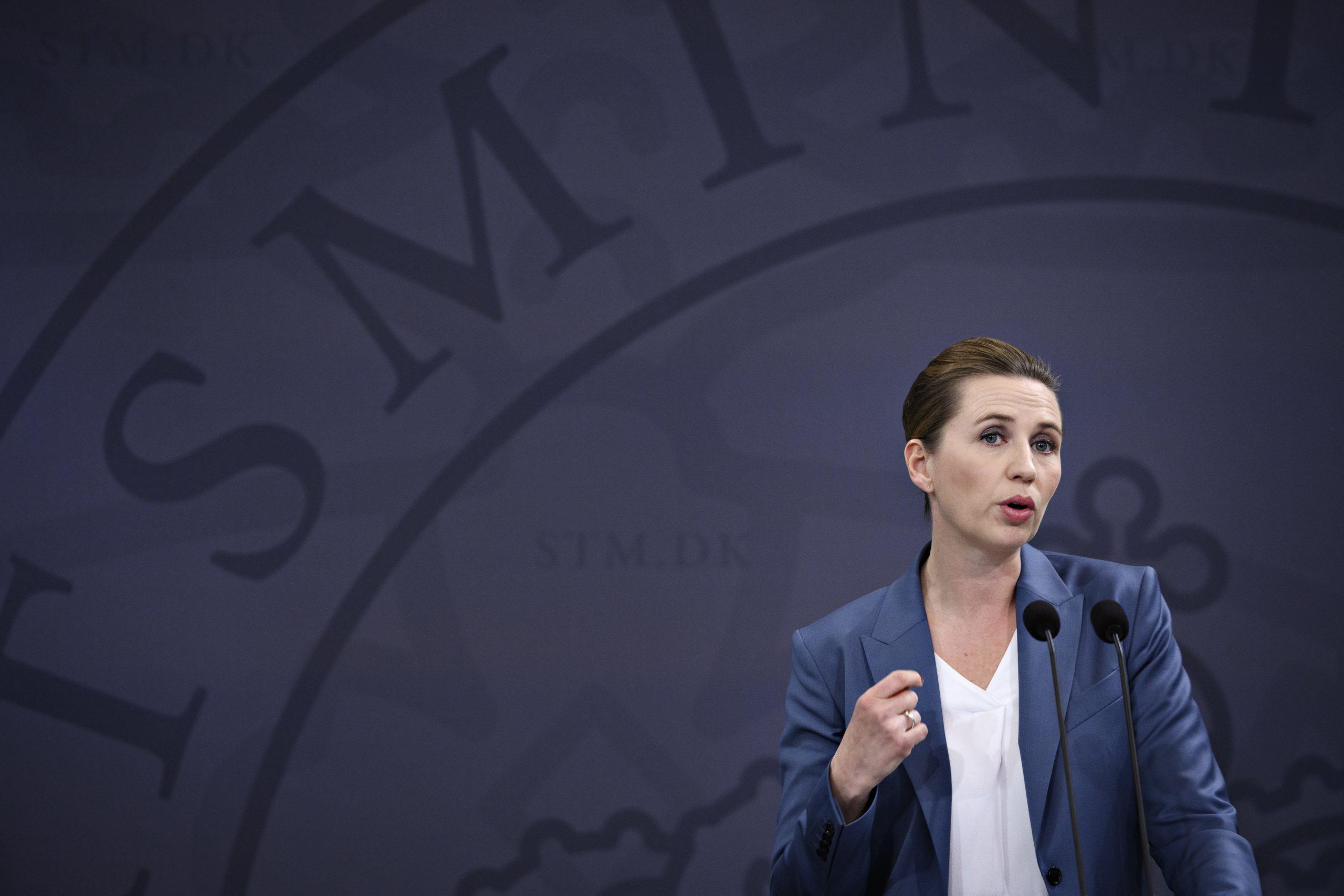 """<span class=""""rodt"""">Skarp kritik af Mette Frederiksens pressemøde: </span>Hun spildte vores tid"""